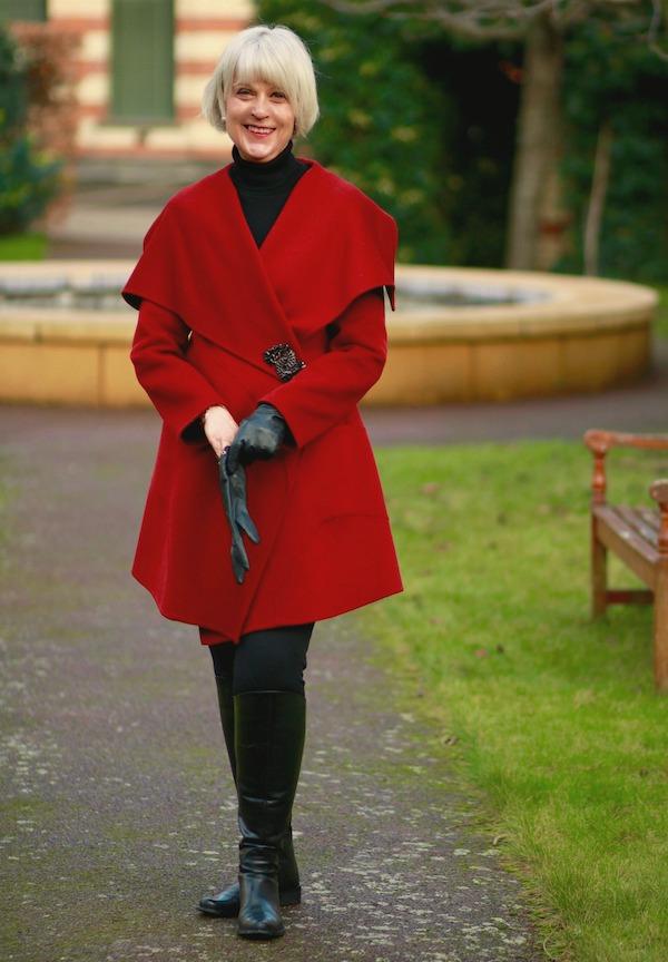 Red shawl collar coat plus brooch